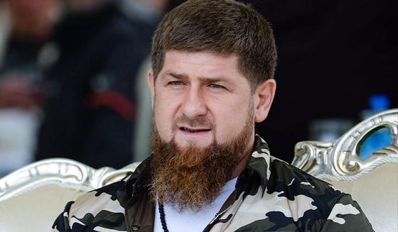 """Пел """"гори-гори ясно"""" во время пожара в Чечне: Кадыров приказал найти автора видео"""