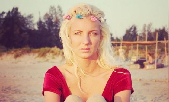 Румынская певица утонула в реке в своем авто