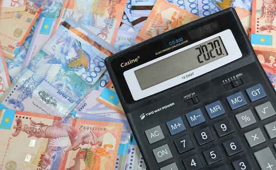 Прогноз по курсу тенге на 2020 год дали казахстанские экономисты