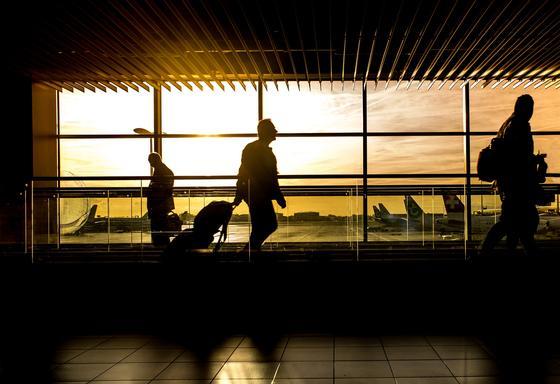 Казахстан будет депортировать иностранцев из неблагополучных по коронавирусу стран