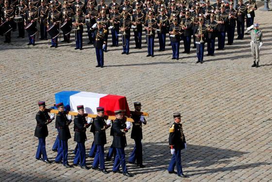 Похороны Жака Ширака: в Париж прибыли шейхи и президенты, включая Путина
