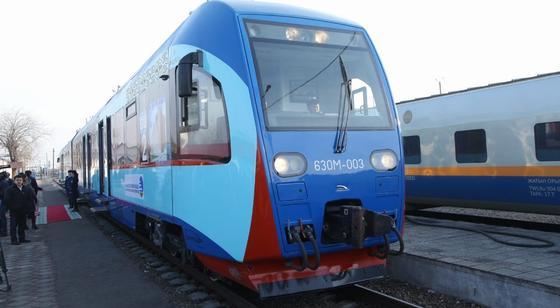 Билет за 609 тенге: новый поезд запустили из Туркестана в Шымкент