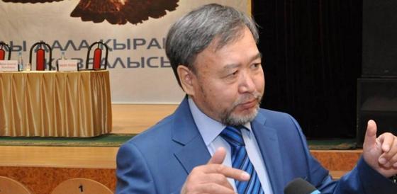 Первый кандидат в президенты Республики Казахстан сдал документы в ЦИК