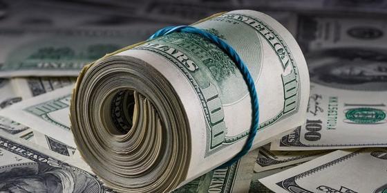 Курс доллара подскочил до 500 тенге в обменниках