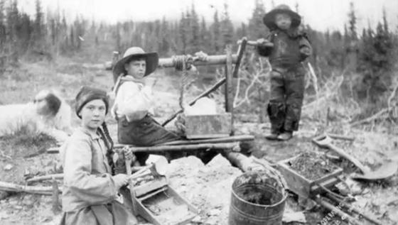 Двойника Греты Тунберг нашли на фотографии XIX века