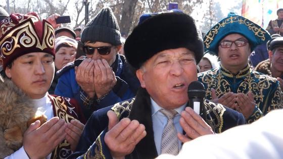 Обрядом «Бата беру» в Павлодаре благословили переименование столицы в честь Елбасы