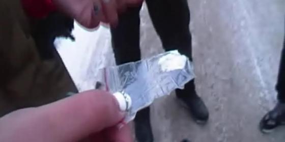 Поставку ЛСД, экстези и спайсов из Европы пресекли в Павлодаре (видео)