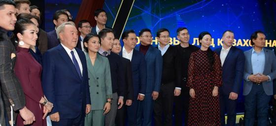 Назарбаев встретился с участниками второго проекта «100 новых лиц Казахстана»