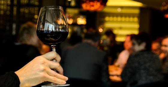 Какая доза алкоголя вызывает рак, выяснили ученые