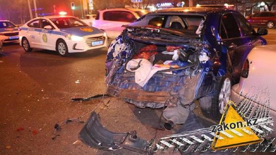 Троллейбус насмерть сбил мужчину в Алматы (фото)