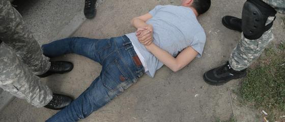 Был в розыске 15 лет: подозреваемого в убийстве задержали в Алматинской оласти