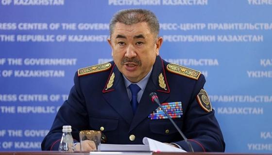 Глава МВД выразил соболезнования матери погибшего при исполнении полицейского