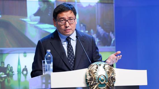 Досаев рассказал о сроках завершения работы по спискам на списание кредитов