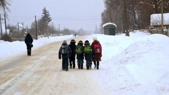 Школы Астаны закрываются из-за сильных морозов