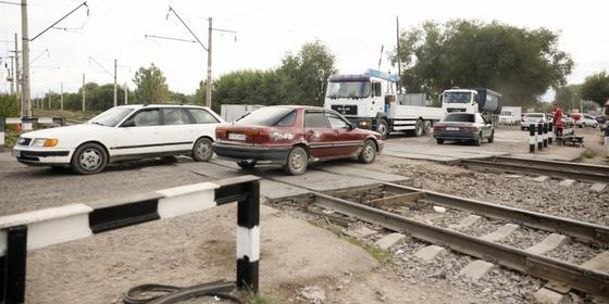 Пострадавших в аварии на станции Шамалган детей перевели в больницу Алматы
