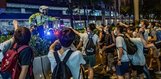 МИД обратился к казахстанцам из-за митингов в Гонконге