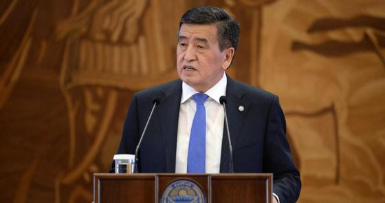 Сооронбай Жээнбеков. Фото: Қырғызстан Республикасы президентінің ресми сайты