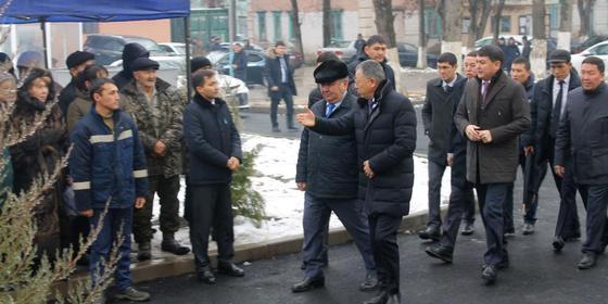 Аким Туркестанской области призвал молодежь заводить семьи и жить в ауле