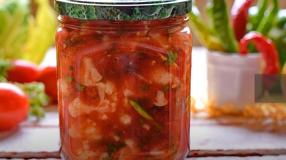 Цветная капуста в томатном соусе в закрытой банке
