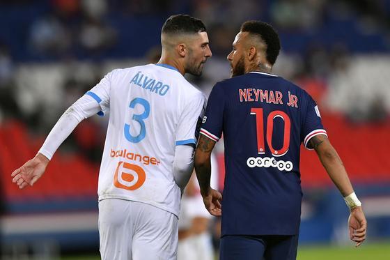 Неймар и Альваро конфликтуют