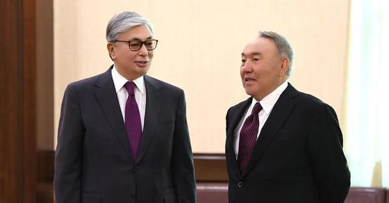 Назарбаев и Токаев прибыли на международную конференцию в Алматы