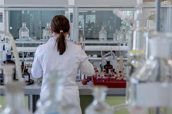 Экспресс-тесты на выявление коронавируса поступили в продажу, сообщил Биртанов
