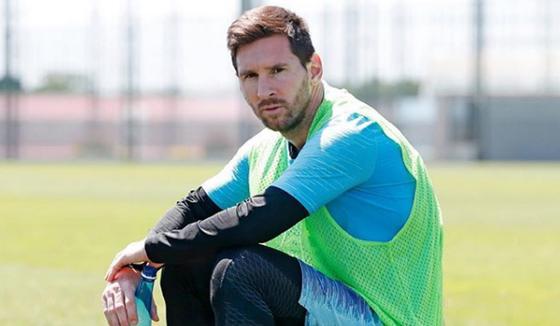 """СМИ: Месси подрался на тренировке """"Барселоны"""""""
