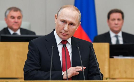 """""""Поддержание максимальной неопределенности"""". Политологи отвечают, останется ли Путин"""