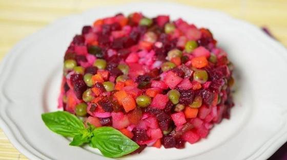 Простые рецепты салатов со свеклой