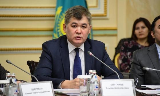 Биртанов о коронавирусе: Вероятность завоза в Казахстан есть - мы не островок