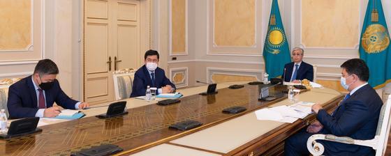 Касым-Жомарт Токаев проводит совещание по вопросам развития электроэнергетической отрасли