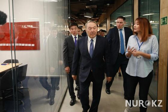 Нурсултан Назарбаев встретился с представителями IT-компаний в Алматы