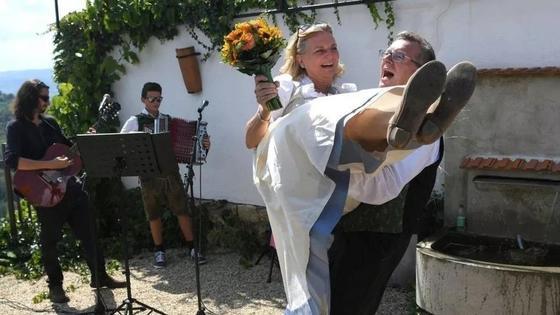 Как Путин веселился на свадьбе австрийского министра (фото)