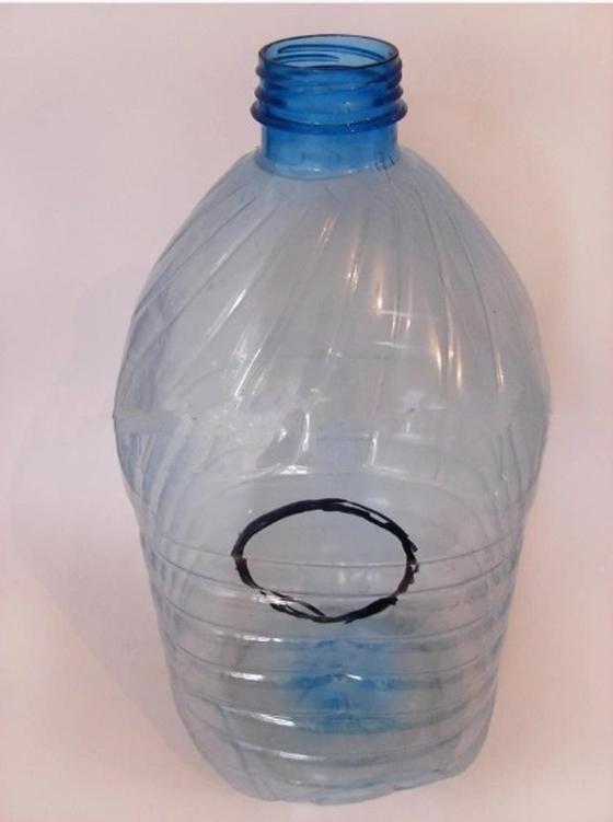как сделать скворечник из бутылки