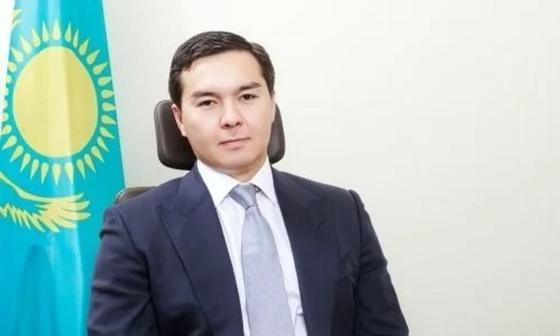 Нұралы Әлиев. Фото желіден алынды