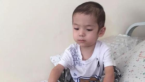 Трехлетний мальчик из Шымкента беспрестанно болеет пневмонией