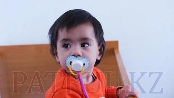 Мать попросила няню посидеть с годовалым ребенком и пропала в Алматы (фото)