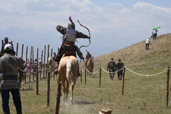 В Алматы проходит международный фестиваль «Ұлы дала – көшпенділер әлемі»
