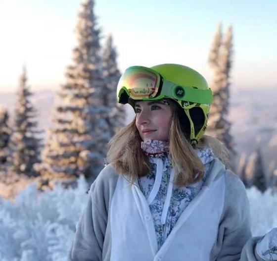 Выяснены новые подробности трагедии на горнолыжной трассе, где сильно пострадала сноубордистка