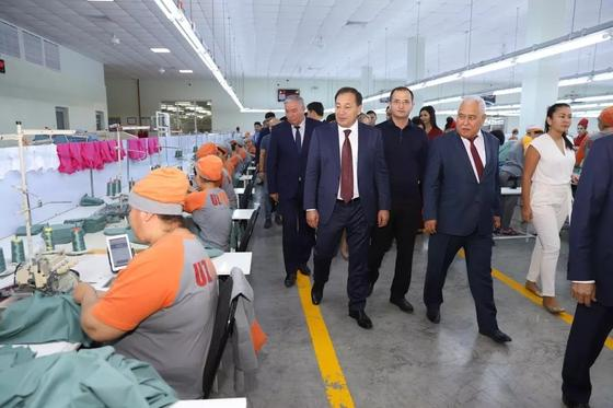 Актау и узбекский Ургенч стали городами-побратимами