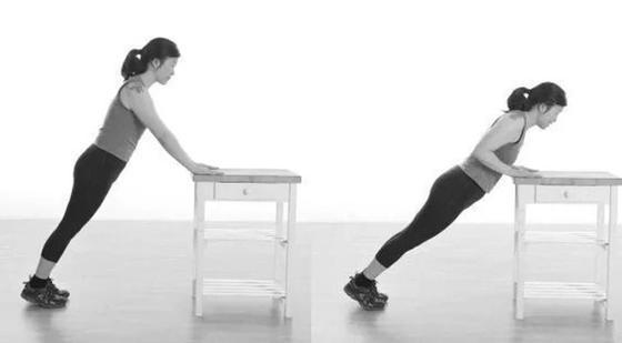 Отжимания от стола