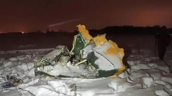 СКР: разбившийся под Москвой Ан-148 взорвался уже после падения