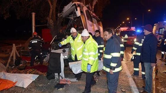 Түркияда 11 адамның өмірін қиған ірі жол апаты орын алды. Фото: aa.com.tr/ru