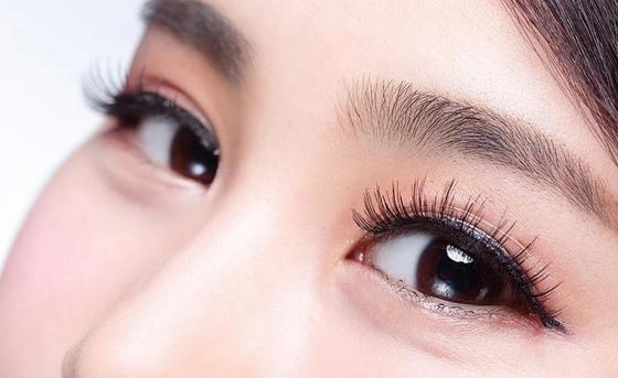 Изгиб ресниц для азиатских глаз