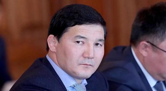СМИ: Задержанный в Казахстане кыргызский депутат выявили двойное гражданство