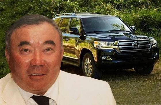 Назарбаевтың інісі жас жұбайларға көлік сыйлады (видео)