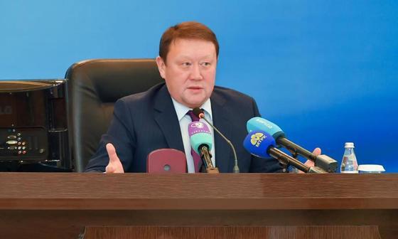 «Хорошо справился»: Назарбаев похвалил Аксакалова