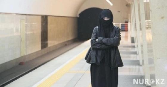 Как будут наказывать казахстанцев за ношение религиозной одежды