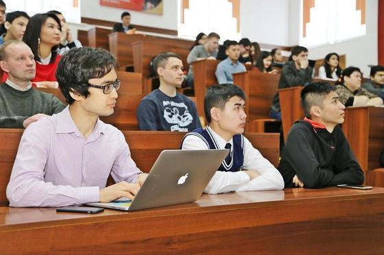 Стоимость обучения в ВУЗах может измениться в Казахстане