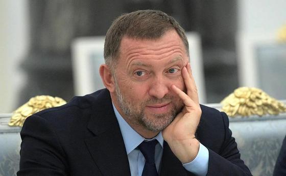"""Дерипаска решил отказаться от контроля над """"Русалом"""". Инвесторам это понравилось"""